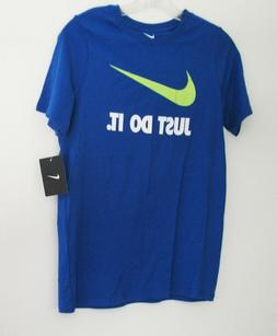 NIKE Boys' Just Do It Swoosh Tee, Game Royal/Volt, Medium