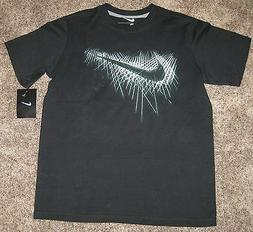 NEW NIKE SWOOSH GRAPHIC TEE T SHIRT TOP YOUTH BOYS BLACK SMA
